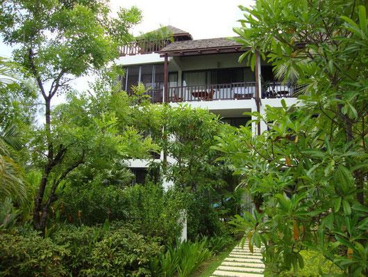 Phuket/Bang Tao: Penthouse mit großem Dachgarten und 2 Schlafzimmern in absoluter Toplage