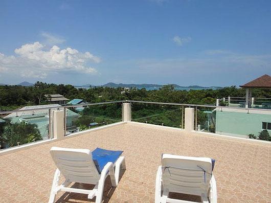 Phuket/Rawai: große, schlichte Poolvilla für nur 7.500.000 THB