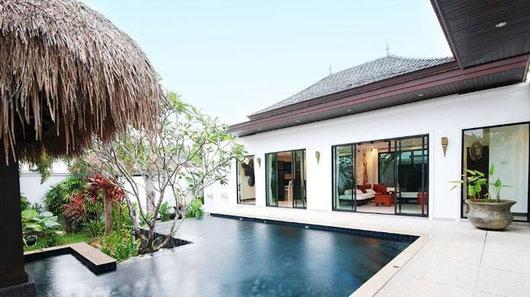 Phuket/Bang Tao: Verschieden große Poolvillen