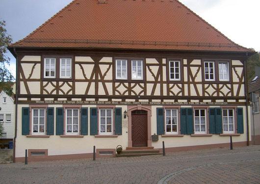 Altstadtrundgang Otterberg, Pfarr-und Schulhaus