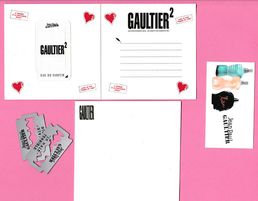 LOT N° 3 - 4 CARTES PLUS ENVELOPPE : 2,50 €uros