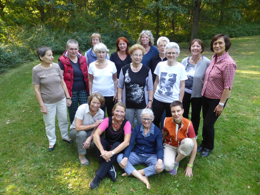 OnkoRat Qigong Gruppe 2014 im Fritz-Schloss-Park