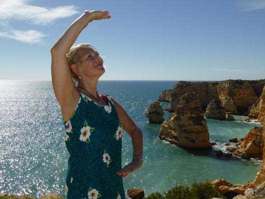 Kursleiterin Sylvia: Qigong an der Algarve 2014