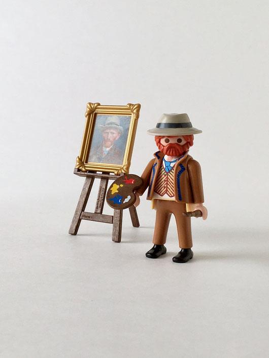 アムステルダム国立美術館のミュージアムショップで見つけたプレイモビルです。これは、自画像を描くヴィンセント・ファン・ゴッホです。Playmobile 70475 フィギュア 画家 コレクション 収集 飾り ディスプレイ 人形 プラスチック カラフル ドイツ マルタ グラフィカル 明快な色 原色 おしゃれ かわいい 人気 おすすめ デザイン ブランド 画像 プレゼント ラッピング 通販 海外 輸入品