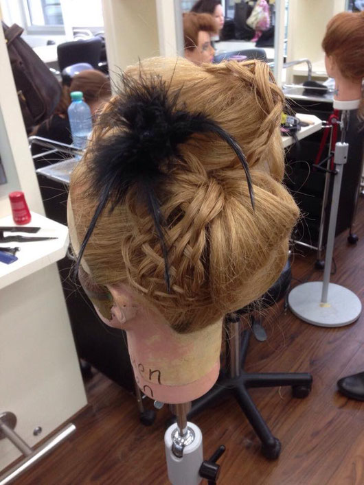 anlassbezogenes Hairstyling, Liveball,
