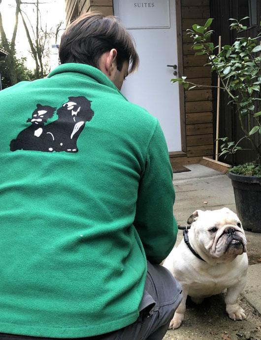 Esprit de famille chez Nos Amis Fidèles, pension agréée pour chiens et chats à Lasnes - contrôle vétérinaire et vaccinations exigées - www.amis-fideles.be