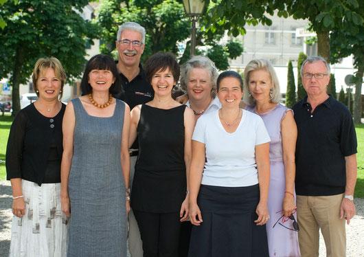 Der Vorstand 2008 (von links nach rechts): Hiltrud Kälin, Susann Bosshard, Hanspeter Pfister, Agnes Ryser,  Ingrid Fässler, Ursi Eberhard, Elisabeth Lindauer und Toni Schönbächler