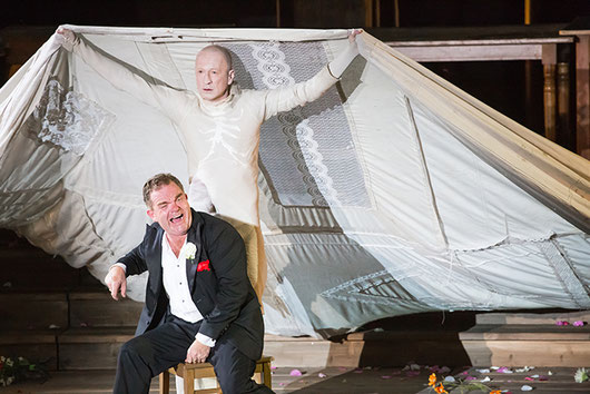 Jedermann at the Salzburg Festival 2014: Jedermann (Cornelius Obonya) and Death (Peter Lohmeyer)