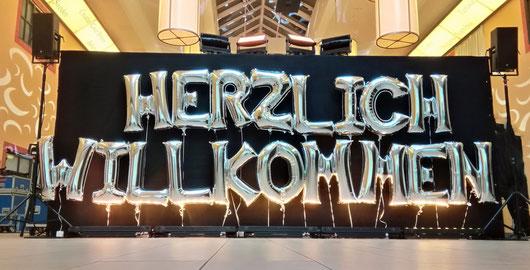 Folienballon Luftballon Ballon Dekoration Event Buchstaben XXL Zahlen Heliumballon Herzlich Willkommen