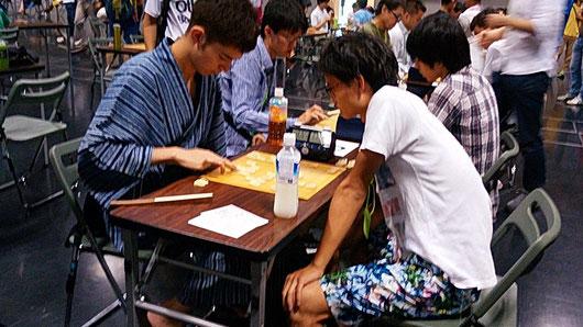 将太郎先生のお相手はアクバルくん、ゆかた姿できめたハーフのイケメン高校生!