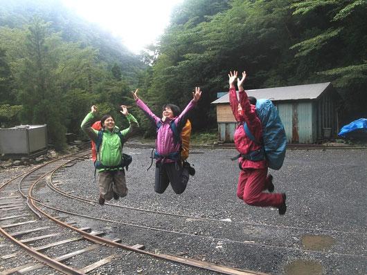 縄文杉ガイドツアーからゴールへ。学割で楽しい卒業旅行に!