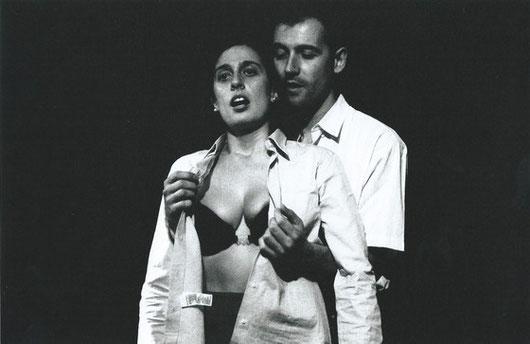 A la imatge, els actors Clara Segura i Armand Villén.