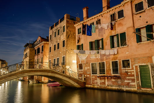 Venezia sogna, Italia
