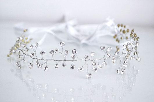 vincha boho artesanal para novia de strass. vincha romántica hecha a mano para novia.