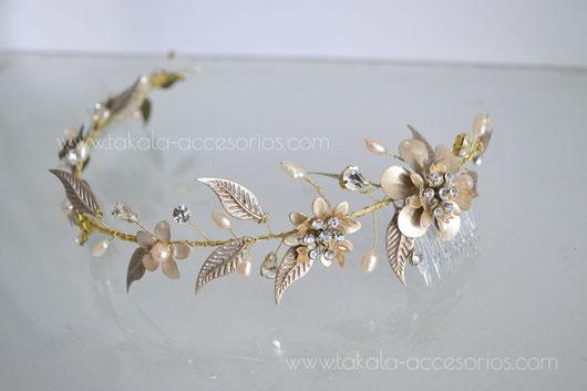 vincha novia, tocado novia, vincha hojas, vincha flores, vincha boho, vincha dorada, vincha perlas.
