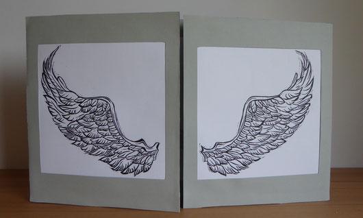zwei Linolschnitte auf Altarfalz aus Karton