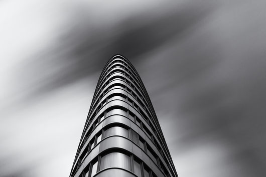 Trias Towers, Berlin, photography, Minimalismus, Fotografie, minimalism, minimalist, minimalistisch, Holger Nimtz, Wandbild, Kunst, Fotokunst, Archetektur, architecture, longexposure,
