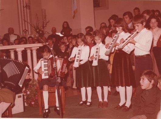 Ottobre 1975: Chiesa S.Flaviano di Villa Musone (Loreto, AN)