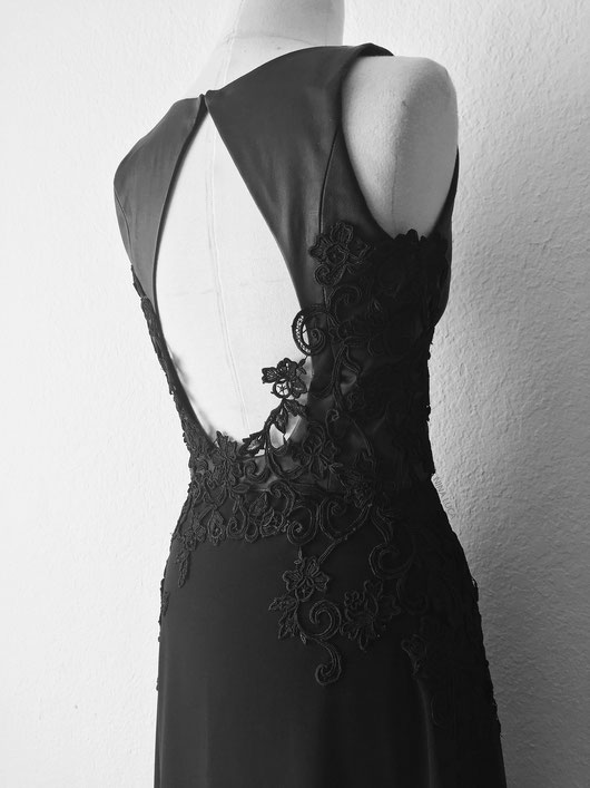 image: nina luca, fashion design, swiss fashion designer, schweizer jung designer, swiss design, swiss fashion, black wedding dress, leather wedding dress, dark fashion , dark style, dark wear, dark fashion blog, dark style blog