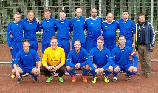 Die 1. Mannschaft vor dem Spiel beim SV Botan Köln Saison 2015/2016