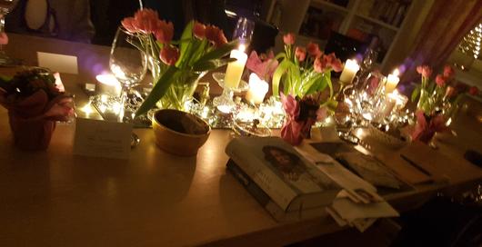 Der gedeckte Tisch im Literarischen Salon, Inge Giesen, Veert