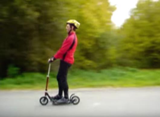 Basis-Fahrtechniken sind absolut platzsparend . . . nur für Skate- und Carv-Technik braucht man mehr Platz (vgl. Inlinen).