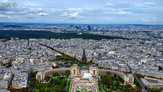 Weitsicht vom Eiffelturm - Zizi ©