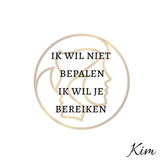 Geen eigen mening in relatie. Kim Kromwijk-Lub relatietherapeut helpt jullie verder.
