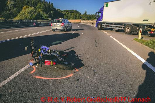 Feuerwehr; Blaulicht; BFV Deutschlandsberg; Unfall; Moped; Lannach; B76;