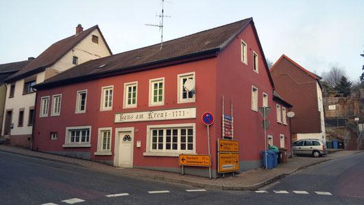 zum Haus am Kreuz