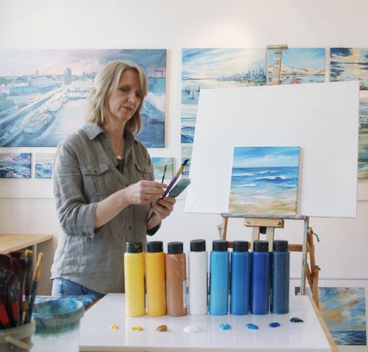 www.astrid-kroemer-malerei.de, Im Atelier