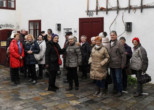Am Dienstag dem 5. Dez. 2017 fuhren wir nach Langenlois, die PVÖ Ortsgruppe Hornstein besuchte das Loisium.