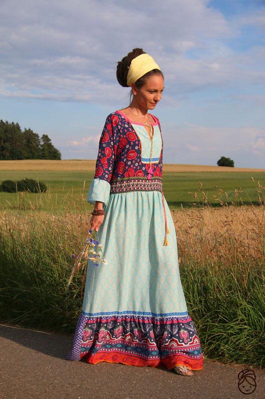 Bild zeigtdie Bluse Boholicious zum Kleid abgewandelt