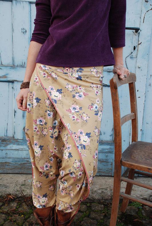 Cord und Blumen - Shirt und Hose