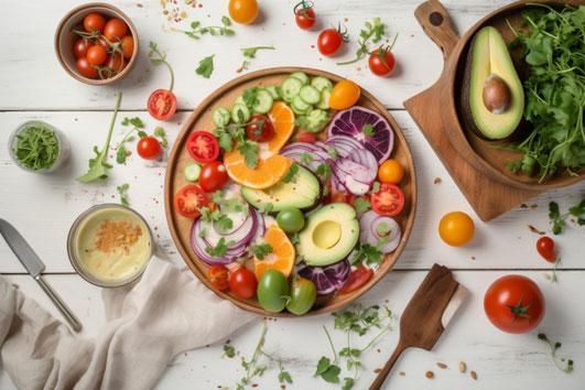 輪切りの野菜たち。ピーマン、オレンジ、パプリカ、えんどう、にんじん、トマト、ベビーリーフ。
