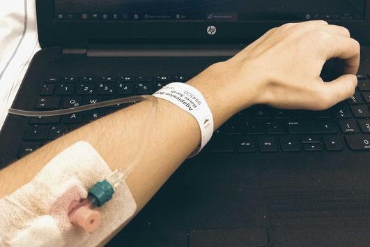Selbstständig unf krank, arbeiten im Krankenhaus