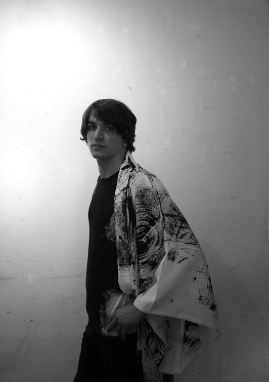 UGETSU  KIMONO  (freestyle)       model:   Marcos