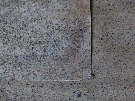 Rechteck links oben die Vorlage aus dem 18. Jahrhundert - Winkel rechts unten die Rekonstruktion