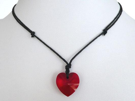 Halskette mit Herz aus Kristallglas und Baumwollband