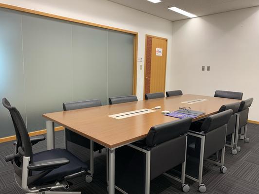 記憶術レッスン横浜会場は、みなとみらいの『横浜ランドマークタワー』25階会議室。非常にオシャレで洗練された環境で講義させて頂きます!