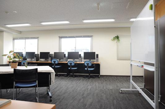 CRAワークサポートセンター室内