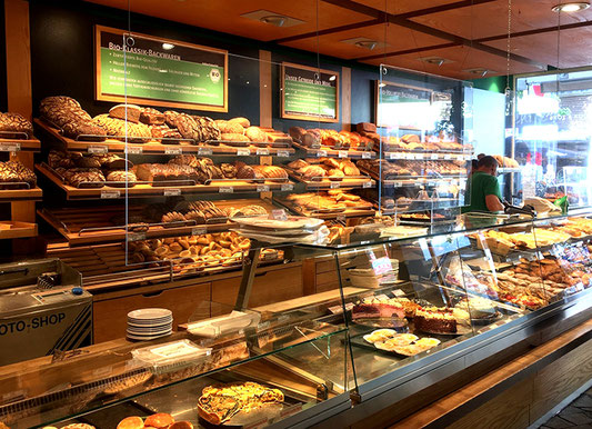 Nordstrasse einkaufen shopping Düsseldorf Brot Kuchen Lebensmittel
