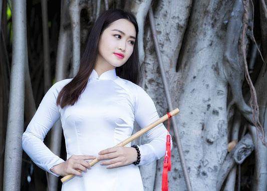bamboo flute  - flûte en bambou
