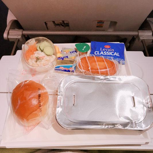フィンランド航空の機内食その1