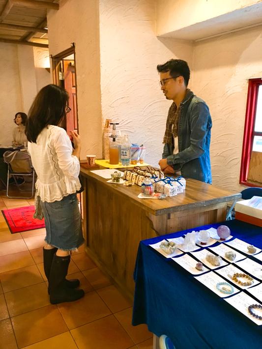 石談義や、作ったものを喜んでくださる方と触れあえて、京都から出展してよかったと言ってくださった谷さん。うれしかったです♥