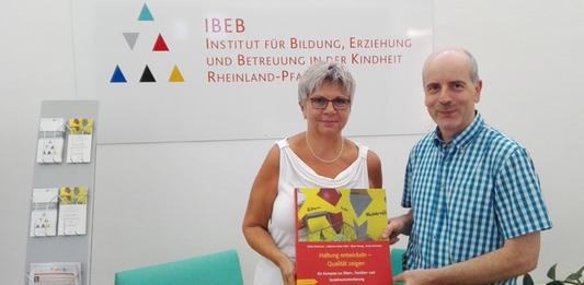 MdL Helga Lerch mit Prof. Dr. Armin Schneider