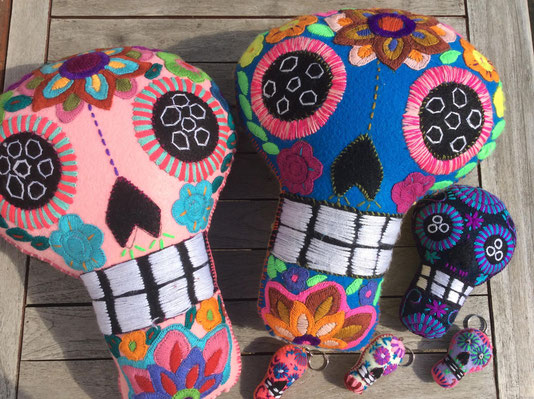 Totenkopf, mexikanische Sculls, Dia de muertos Deko, Kissen Tag der Toten, Halloween Deko, Frida Stil Deko, mexikanische Kissen, Mexikanisches Kostüm, calavera