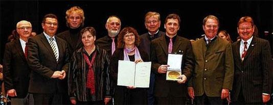 Zelterplakette - Verleihung in Günzburg - GV Fortschritt 1913 Niederwerrn - 14.4.2013