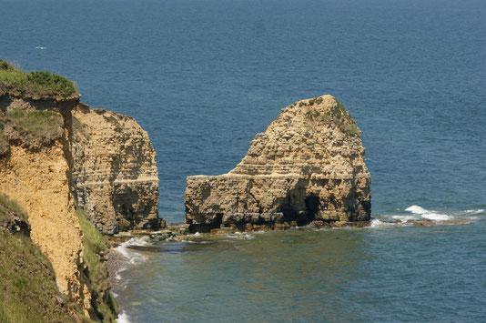 La falaise de la Pointe du Hoc