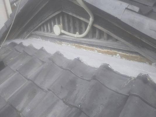 輪之内町、海津市、養老町、羽島市、大垣市、瑞穂市で屋根工事中の屋根工事専門店。輪之内町福束で屋根工事/復旧作業中